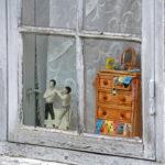 Die Fenster von Sønderho bieten Einblicke in dänische Traditionen.