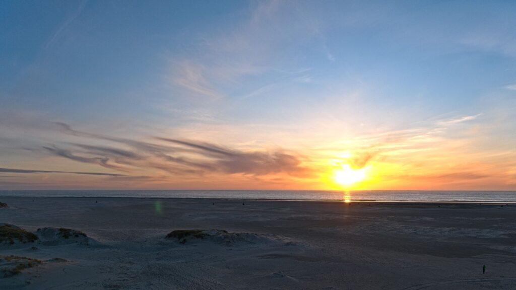 Sonnenaufgang im Osten von Wangerooge