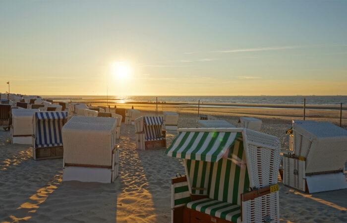 Strand und Strandkörbe auf Wangerooge